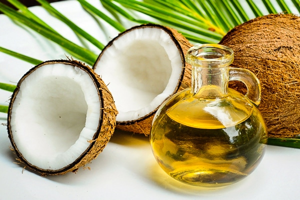 easy available oil from kitchen for toe nail fungus