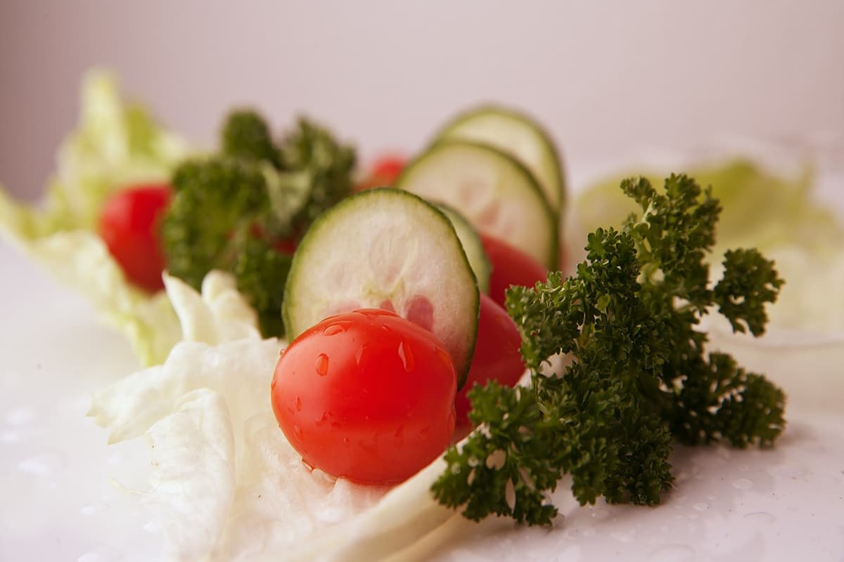 best vegetable and fruit salad for detoxification process such as intestinal cleanse